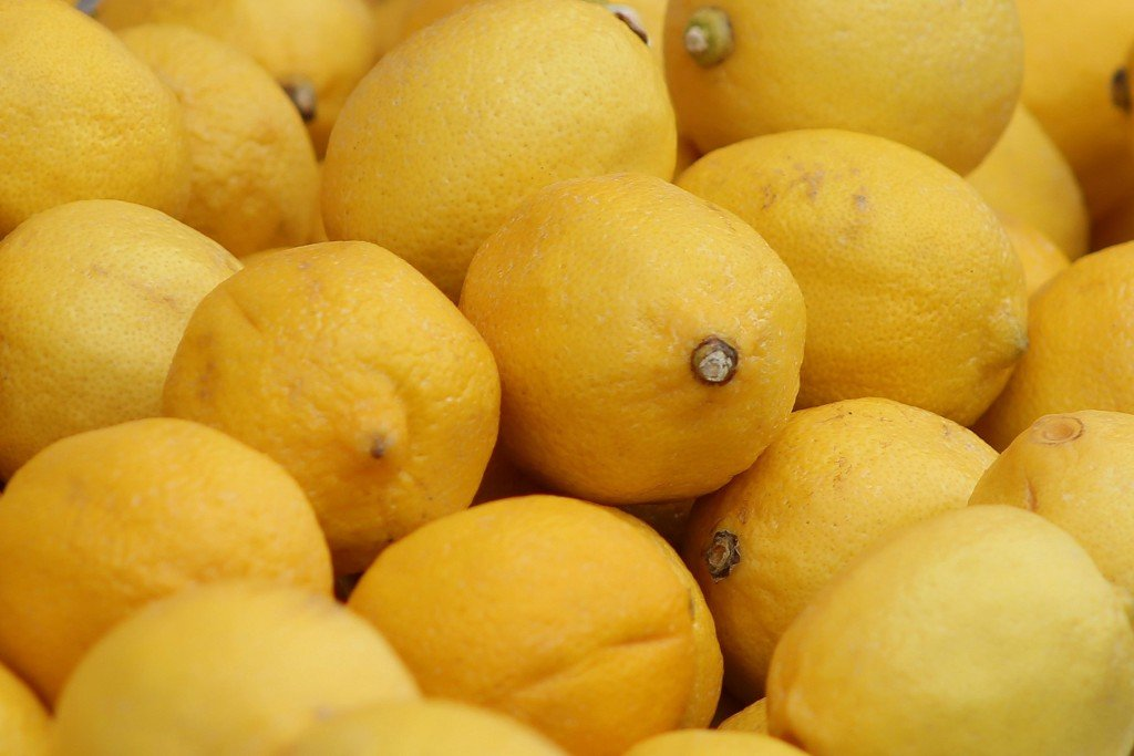 Treat Back Acne lemon