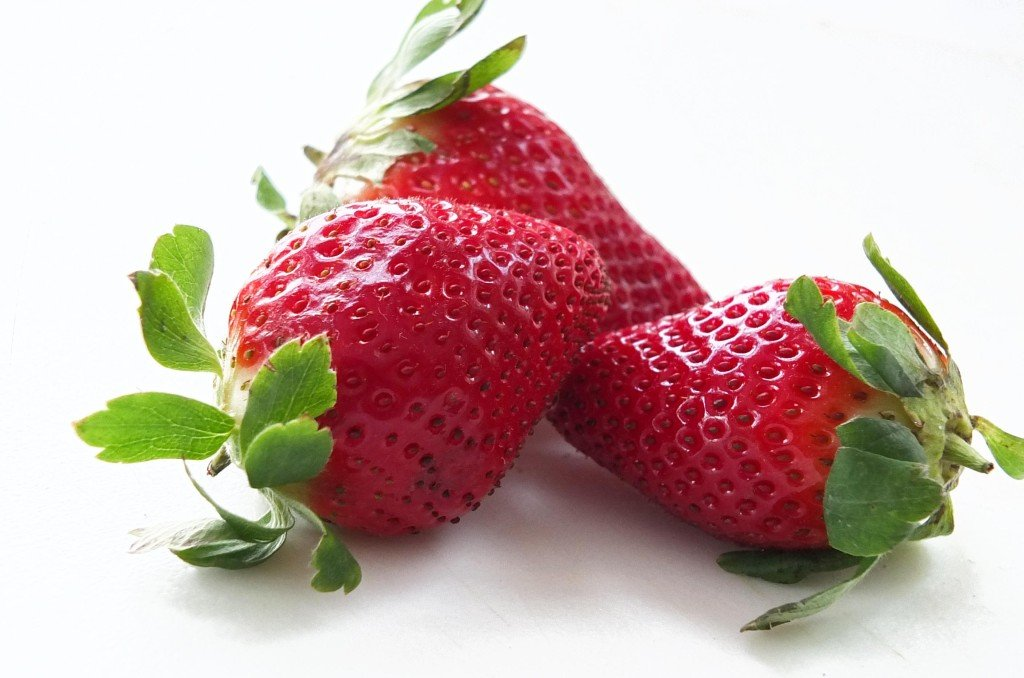 get rid of acne overnight strawberry